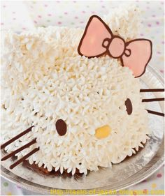 Hello Kitty Cake - Moms like me spend a lot of time looking for fun DIY ideas for baking. My toddler girls love Hello Kitty for her bright eyes. Hello Kitty Cake, Hello Kitty Birthday, Anniversaire Hello Kitty, Chocolate Brownie Cake, Birthday Cake Girls, Birthday Cakes, Birthday Ideas, Girl Cakes, Fancy Cakes