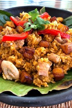 Colombian Cuisine, Boricua Recipes, Latin Food, Avocado Recipes, Savoury Dishes, Quick Meals, I Foods, Main Dishes, Food And Drink