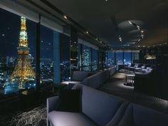"Sky Lounge ""Stellar Garden"" The Prince Park Tower Tokyo near Tokyo Tower . Book a luxury hotel in Tokyo. Tokyo Tower, Hotels In Tokyo Japan, Sky Restaurant, Oriental Restaurant, Oriental Hotel, Time Out Tokyo, Tokyo Night, Best Rooftop Bars, Sky Bar"