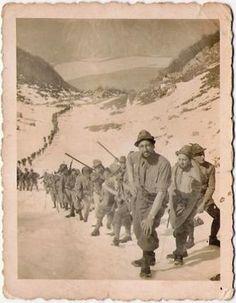 WWI - colonna di Alpini - Italia