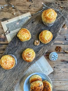 Zemiakovo-syrové pagáčiky z kvásku - Nelkafood s láskou ku kvásku Biscuits, Cheesecake, Food, Crack Crackers, Cookies, Cheesecakes, Essen, Biscuit, Meals
