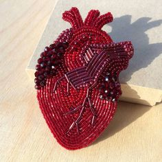 Anatomical heart beaded brooch, heart embroidery, embroidered heart, heart brooch. Анатомическое сердце брошь