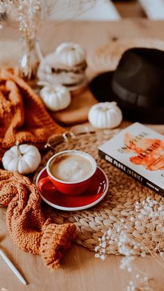 Most of the most popular bags do not meet a certain aesthetics this season. Fall Inspiration, Autumn Cozy, Autumn Witch, Autumn Fall, Autumn Aesthetic, Autumn Photography, Book Photography, Hello Autumn, Happy Fall