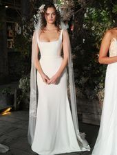 Alexandra Grecco Fall 2019 Bridal Collection Silk Crepe Scoop Neck Wedding Dress With Structured Bodice Source by arluinite Dresses silk Elegant Wedding Gowns, Best Wedding Dresses, Bridal Dresses, Maxi Dresses, Event Dresses, Wedding Dresses Slim Fit, Sleeveless Wedding Dresses, Satin Wedding Dresses, Square Wedding Dress
