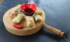 Carole's Chatter: Spring Rolls Rice Paper Spring Rolls, Rice Paper Rolls, Spring Roll Pastry, Rice Paper Wrappers, Spring Roll Wrappers, Bean Chilli, Plum Sauce, Asian Grocery, Pork Mince