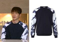 "Seo Kang-Joon 서강준 on ""Roommate"" Episode 10.  Entrofe Leoprene Raglan Sweatshirt #Roommate 룸메이트 #SeoKangJoon"