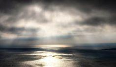 [フリー画像素材] 自然風景, 雲, 暗雲, 薄明光線, 海 ID:201301191200