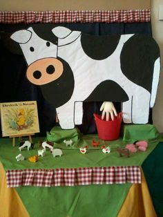Milk The Cow Dramatic Play - Farm Animal Crafts, Farm Crafts, Farm Animals, Crafts For Kids, Farm Activities, Animal Activities, Preschool Farm, Preschool Themes, Farm Lessons