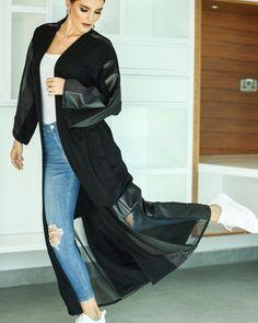 Abaya Pattern, Modern Abaya, Abaya Dubai, Abaya Designs, Abaya Fashion, Lifestyle Blog, Winter Fashion, Kimono Top, Fashion Shoot