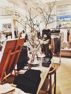 Habitually Chic®: Chic Shopping at Club Monaco