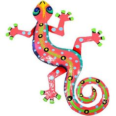 This gecko is handmade in Haiti from recycled oil drums. It has a small hook to hang the piece and is painted with a bright colorful design inspired by the local Haitian culture. From head to tail, the gecko is 8 inches long. Metal Tree Wall Art, Hanging Wall Art, Metal Art, Wall Hangings, Norman Reedus, Painted Rocks, Hand Painted, Painted Metal, Arte Pop