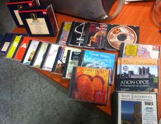 Sold CD classical and ethnic music scene 19 titles - 28 discs, price 30 €: 1. Schubert - The collection (5 cd) 2. Mozart - The collection (5 cd) 3. Wagner - Romantic music (2 cd) 4. Johann Strauss - Unforgettable Melodies 5. Beethoven - Overtures 6. Tchaikovsky - Pathetique, Romeo & Juliet 7. Verdi - Aida 8. Puccini - Tosca 9. Bach - Matthaus Passion 10. Strauss - Collection 11. Vivaldi - Four Seasons 12. Handel - The Messiah 13. Opera Arias - Various artist 14. Byzantines hymns 15. Mount…