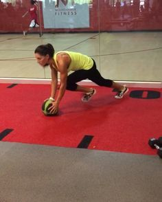"""4,028 Likes, 72 Comments - Alexia Clark (@alexia_clark) on Instagram: """"Med Ball Madness! 45 seconds on 15 seconds rest for each exercise! Go through each one and that…"""""""