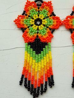 Items similar to Mexican Huichol Seed Bead Earrings on Etsy Beaded Flowers Patterns, Beaded Earrings Patterns, Seed Bead Earrings, Diy Earrings, Flower Earrings, Beading Patterns, Seed Beads, Beaded Bracelets, Handmade Jewelry