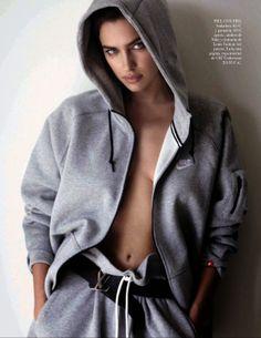 Mis Queridas Fashionistas: Irina Shayk And Cristiano Ronaldo By Mario Testino For Vogue Spain June 2014