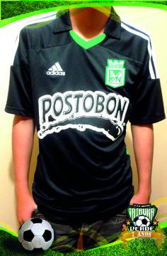 Camiseta Adidas M/C Visitante Atletico Nacional 2012 Producto Original Talla   M L Precio $ 55.000