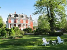 A great little town: #Wolfville, #NovaScotia. Excellent restaurants, pretty inns, decent wines and lots of history. Check the nearby Grand Pre historic site museum to see the Evangeline statue and to learn about displacement of French-Canadians.