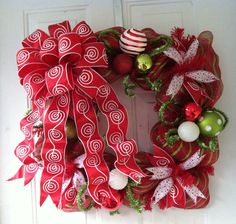 Deco Mesh Bows on Pinterest | Deco Mesh Crafts, Burlap Door Hangings
