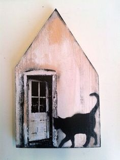 Tiny wooden house with door and cat by Saskia Obdeijn Clay Houses, Ceramic Houses, Miniature Houses, Bird Houses, Wooden Houses, Home Crafts, Diy And Crafts, Driftwood Art, Little Houses