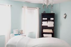 Blue Water Spa in Long Island || Day spa || massage therapy room || esthetician room || aesthetician room || esthetics || skin care || body waxing || hair removal || body scrub || body treatment room