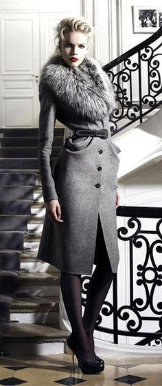 Dior - love the coat #fashion #grey #classy