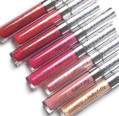 pinterest: bellaxlovee ✧☾ Makeup Lipstick, Kiss Makeup, Love Makeup, Makeup Inspo, Lipsticks, Glossy Lips, Matte Lips, Ultra Satin Lips, Shoe Nails