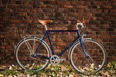 Our new RAKETE ROADSTAR. Beautiful and elegant lugged Steel frame. Great riding experience. And: Highly affordable :-)