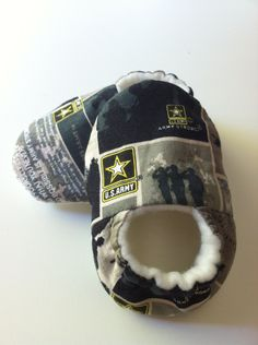 5b6e030d56e AWWW For Uncle Justin - Army Baby Booties.  20.00