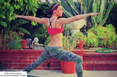 Beginners Power Vinyasa Yoga Class For Weight Loss - Sivana Blog