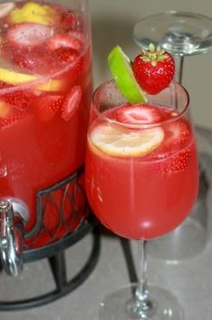 Strawberry Limeade Rum Punch Recipe. Minus the rum.  Lol!