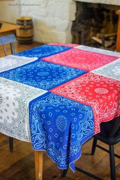 This 4th of July Bandanna Tablecloth is A quick afternoon craft that can be made from any color bandanna. Looks great at picnics and cookouts
