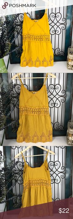 "Vintage inspired lace mustard tank Women's size 4 h&m mustard yellow blouse Length 27"" Bust 34"" H&M Tops Tank Tops"