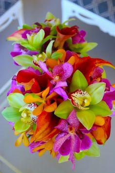 Bright Tropical Wedding Flowers by Maui Flowers - Maui Brides Bouquets | Blue Sky Weddings