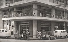 Banco de Crédito Real de Minas Gerais, Rua Halfeld esquina com a Av. Rio Branco, Ed. Clube Juiz de Fora, década de 1950 (arquivo de Marcelo José Lemos).