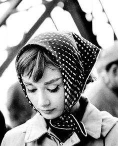 「audrey hepburn in a scarf」の画像検索結果