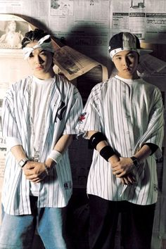 Taeyang and GD, they look so young in this pic.