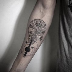 I want something like this, just a bit smaller and maybe a bit prettier and girly. Same location.