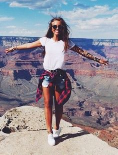 Grand Canyon high up views #hikingoutfit