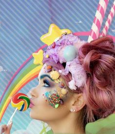 Easter face sweets candy make-up fantasy make-up pink hair candy floss hair Cotton Candy Makeup, Cotton Candy Hair, Fantasy Make Up, Fantasy Hair, Candy Costumes, Costumes Kids, Candy Pop, Candy Floss, Costume Makeup