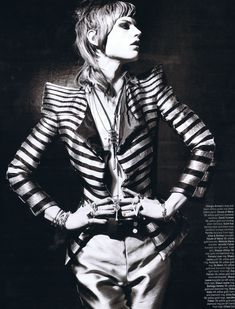 I want to grow my hair out again to look like this...The jacket is awesome, too.