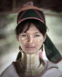 """Faces of the Earth"" Website. Awesome portraits of people from countries around the world. Portrait of a KAREN tribe woman. Changmai, Thailand, 2007 by Jake Verzosa. We Are The World, People Around The World, Beautiful World, Beautiful People, Karen People, Asian Photography, Photos Voyages, Portraits, Interesting Faces"