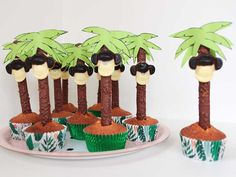 Boy treat - The 20 coolest child treat ideas for your birthday son - Kids Birthday Treats, Birthday Party Games For Kids, It's Your Birthday, Back To School Art, Back To School Breakfast, Dinosaur Cake, Salty Cake, Cake Trends, Tropical Party