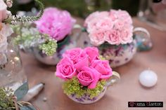 spray roses tucked into tea pot, creamer and the sugar bowl! Flowers by La Tee Da and image by Gema Blanton