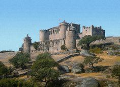 CASTLES OF SPAIN - El Castillo de Piedrabuena (Badajoz) es una edificación defensiva del siglo XIII. Los castillos de la Orden de Alcántara se perdieron como consecuencia de la derrota en la batalla de Alarcos en 1195 y pasaron a dominio musulmán. Cuando las fuerzas cristianas vencieron a los musulmanes en la Batalla de Las Navas de Tolosa en el año 1212 , recuperaron estos castillos para la cristiandad, entre ellos el Castillo de Piedrabuena.