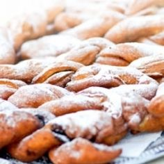 Panyolai baba Cookies, Food, Crack Crackers, Biscuits, Meal, Cookie Recipes, Eten, Meals, Cakes