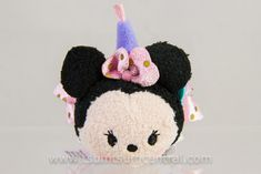 Information about the Disney Tsum Tsum character Minnie Mouse including the availablity of plush Disney Water Bottle, Tsum Tsum Characters, Tsum Tsums, Disney Tsum Tsum, Ava, Minnie Mouse, Happy Birthday, Christmas Ornaments, Holiday Decor