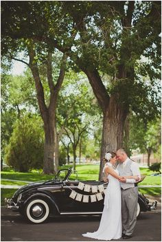 Jenn + Eli :: an emotional wedding :: albuquerque, nm :: vintage VW Bug