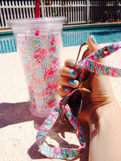 southernbelle3x: poolside sittin with lilly