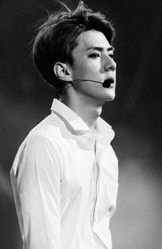 Sehun's body has always been seen as sexy. But what if his body is the reason why he's been so unhappy all this time? Sehun Hot, Baekhyun Chanyeol, Exo K, Park Chanyeol, Hunhan, Exo Members, 2ne1, Btob, Musica