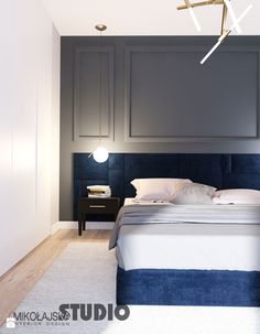 granatowe łóżko tapicerowane w sypialni - zdjęcie od MIKOŁAJSKAstudio - Sypialnia - Styl Nowojorski - MIKOŁAJSKAstudio